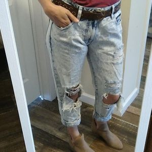 Distressed vintage wash high-waist pants
